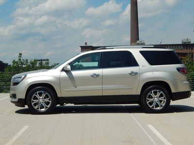 2015 GMC Acadia SLT - Photo 2