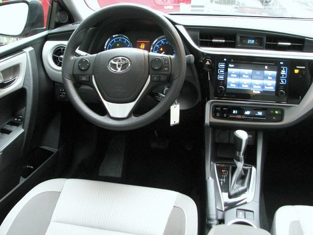2017 Toyota Corolla LE Premium package Sunroof