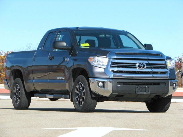 2017 Toyota Tundra TRD PKG 4WD 5.7L Double cab