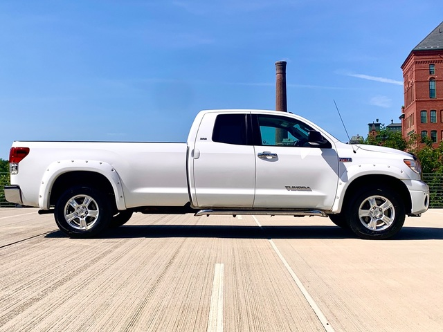 2012 Toyota Tundra 4WD Double Cab Long 8 ft Bed 5.7L V8 (Na